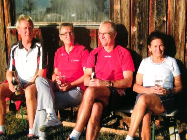 Rupert, Annemarie, Richard und Rita an der Sonne