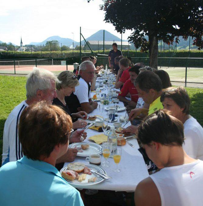 Raiba Frühstücks-Tennis